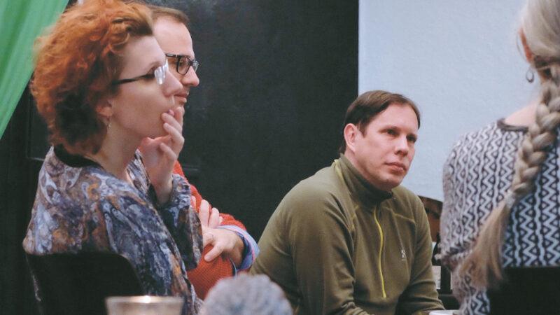 Der GRÜNE Landtagsabgeordnete Torsten Leveringhaus (Bildmitte) zu Gast beim GRÜNEN DonnersTALK im KULTURWERK am 5. Dezember 2019